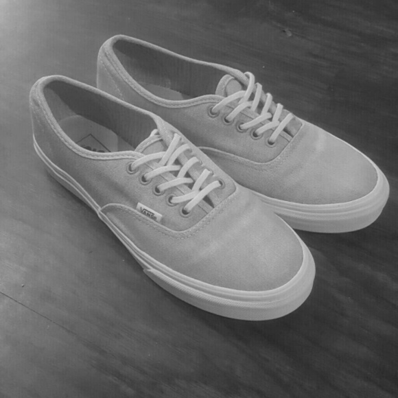 5474568db6 Vans Off The Wall Grey. M 5b883082d6dc525116ca93e4